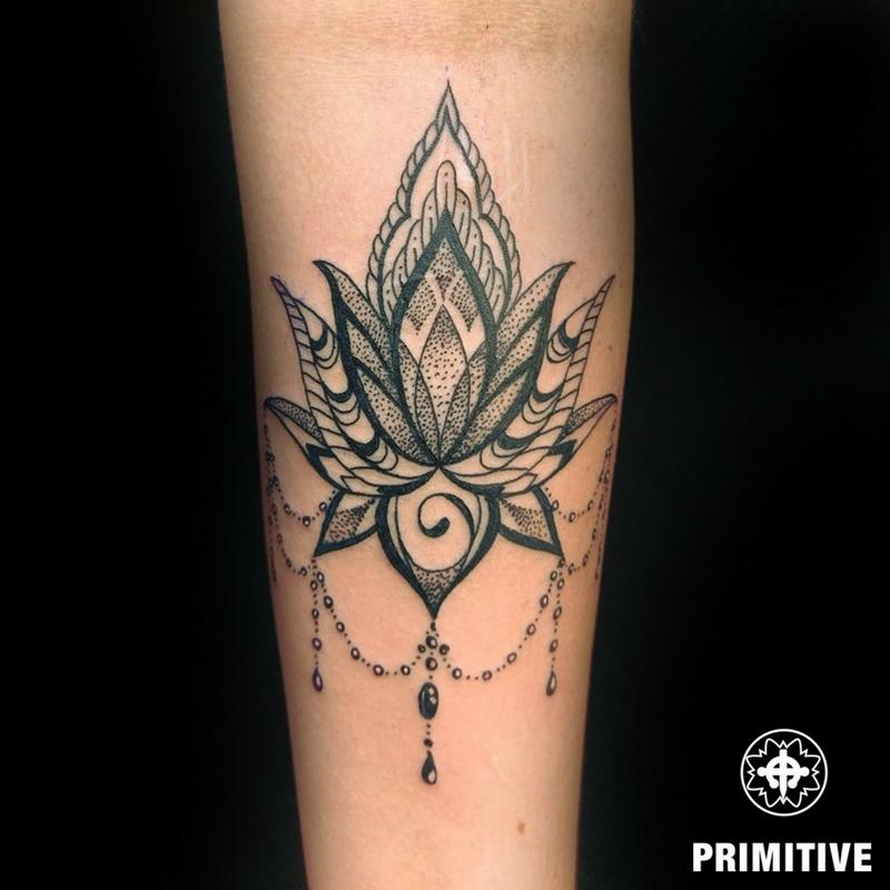 lotus dotwork petra